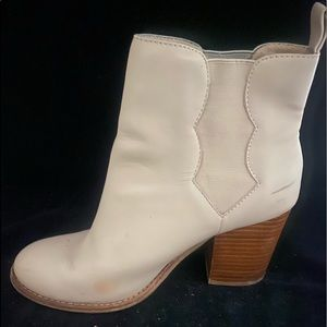 Splendid ONE leather cream heel boot ONLY 7.5